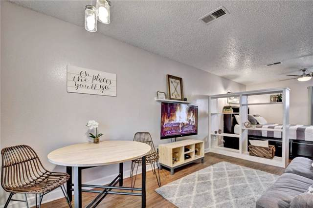 4701 Red River St #201, Austin, TX 78751 (#3374193) :: The Perry Henderson Group at Berkshire Hathaway Texas Realty