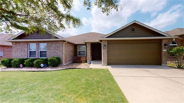 206 Sassafras St, Hutto, TX 78634 (#3395335) :: The Summers Group