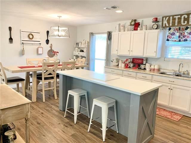 903 W Boundary St, Giddings, TX 78942 (#3562225) :: Papasan Real Estate Team @ Keller Williams Realty