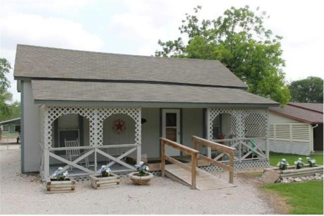 403 E Davilla St, Granger, TX 76530 (#3590801) :: Carter Fine Homes - Keller Williams NWMC