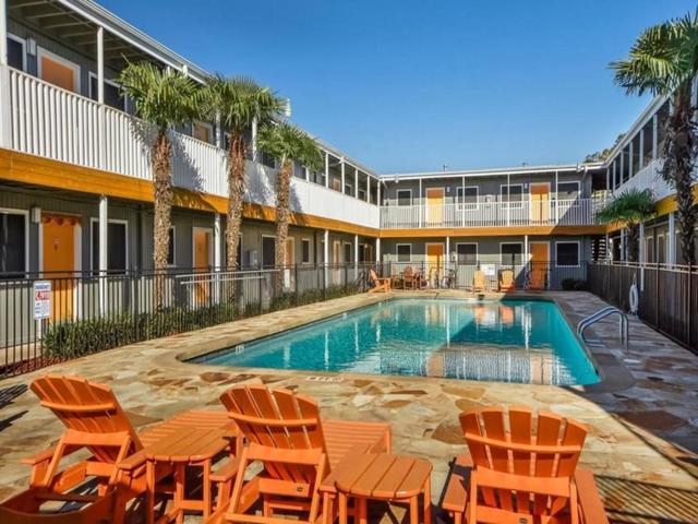 2401 Manor Rd #208, Austin, TX 78722 (#3634587) :: Ana Luxury Homes