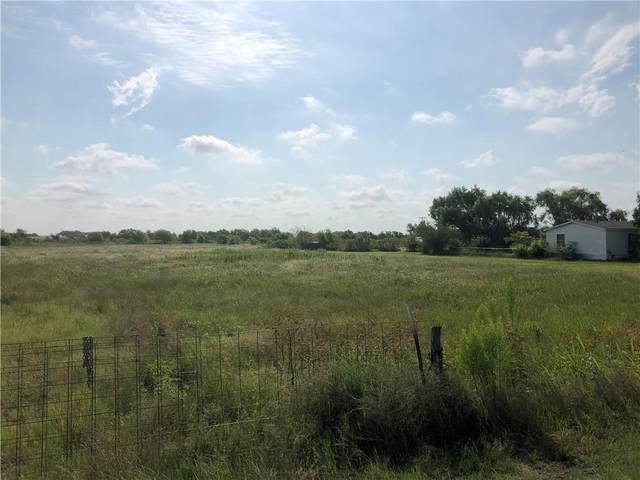 4030 N Main St, Taylor, TX 76574 (#3638647) :: Papasan Real Estate Team @ Keller Williams Realty