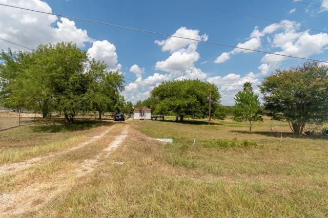3905 Plum St, San Marcos, TX 78666 (#3673298) :: The Perry Henderson Group at Berkshire Hathaway Texas Realty