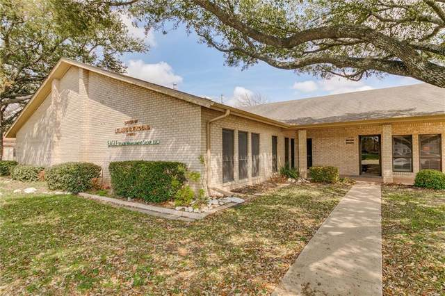 700 N Main St, Taylor, TX 76574 (#3677154) :: The Perry Henderson Group at Berkshire Hathaway Texas Realty