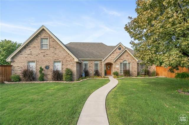 1 Limestone Ct, Brownwood, TX 76801 (#3694819) :: 12 Points Group