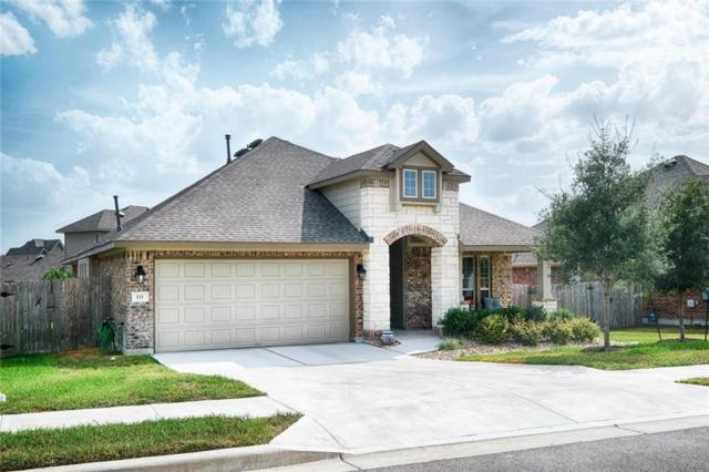 111 Loch Lomond St, Hutto, TX 78634 (#3730513) :: The Gregory Group