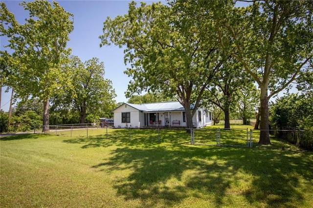 1406 State Park Rd, Lockhart, TX 78644 (#3748336) :: Realty Executives - Town & Country