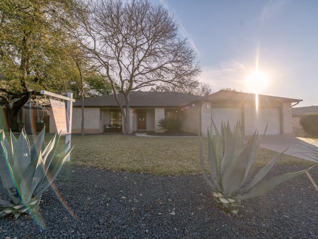 10429 Scotland Well Dr, Austin, TX 78750 (#3753489) :: Papasan Real Estate Team @ Keller Williams Realty