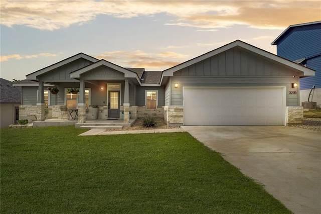 3205 Burnside Cir, Lago Vista, TX 78645 (#3853080) :: Zina & Co. Real Estate