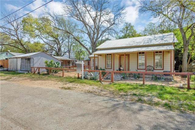 549 W Bridge St, New Braunfels, TX 78130 (#3886569) :: The Heyl Group at Keller Williams