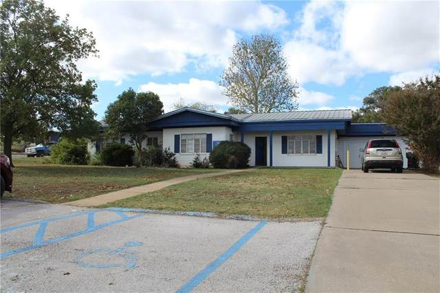 1507 Wright St, Llano, TX 78643 (#3890893) :: Zina & Co. Real Estate