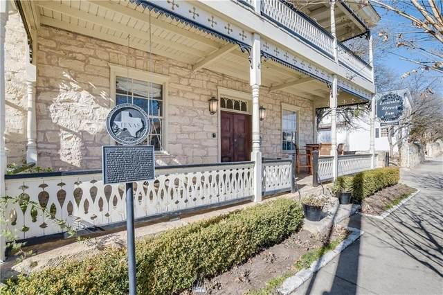 106 S Lincoln St, Fredericksburg, TX 78624 (#3920749) :: Azuri Group | All City Real Estate