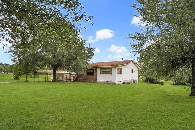 151 County Road 90B, Gonzales, TX 78629 (#3943478) :: Bristol Palin Team