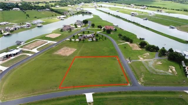 102 Ranch Estates Cir, Martindale, TX 78655 (#3946501) :: Watters International