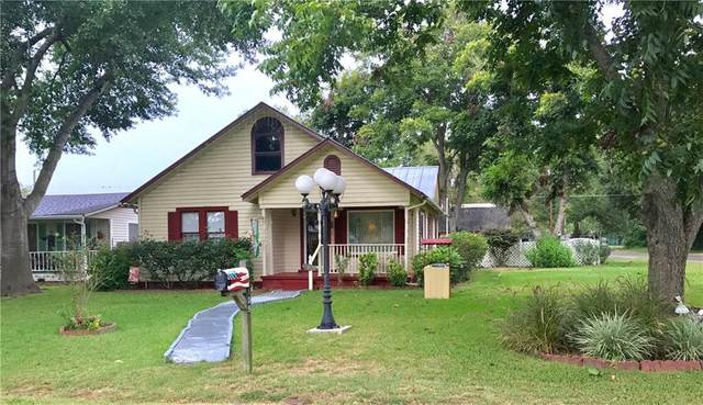 109 Whitehead St, Smithville, TX 78957 (#4022057) :: RE/MAX Capital City