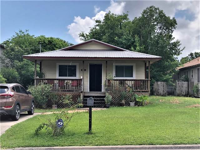 305 Delmar Ave, Austin, TX 78752 (#4057166) :: The Perry Henderson Group at Berkshire Hathaway Texas Realty
