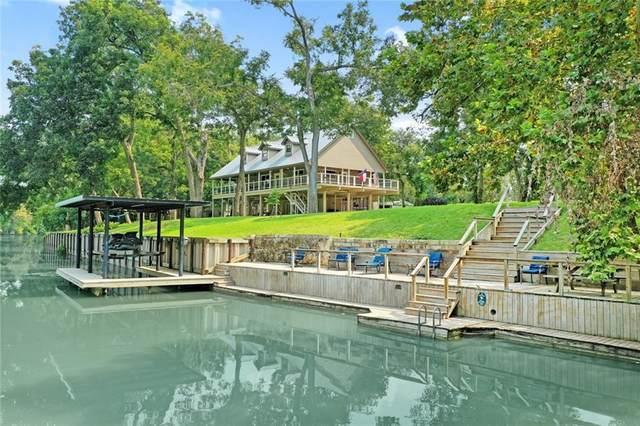 1 River Oak Dr, Seguin, TX 78155 (#4103173) :: Papasan Real Estate Team @ Keller Williams Realty