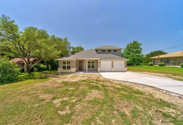 130 Oak Creek Cir, Luling, TX 78648 (#4107409) :: The Perry Henderson Group at Berkshire Hathaway Texas Realty