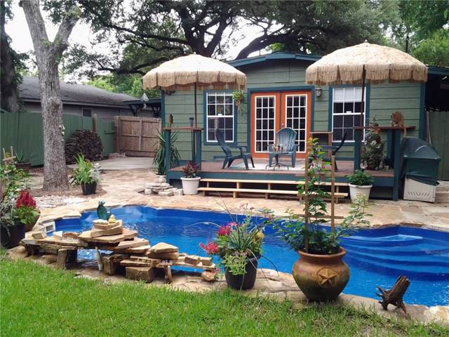 1410 Cometa St, Austin, TX 78721 (#4123416) :: The Gregory Group