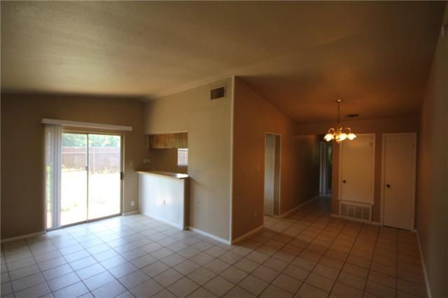 5208 Bogey Ct B, Austin, TX 78744 (#4149807) :: Ben Kinney Real Estate Team