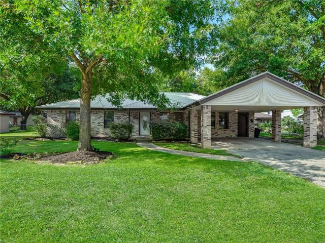 1413 NE Whitehead St, Smithville, TX 78957 (#4195150) :: The Heyl Group at Keller Williams