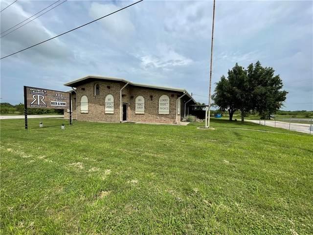 1002 Victoria Rd, Refugio, TX 78377 (#4224563) :: Papasan Real Estate Team @ Keller Williams Realty