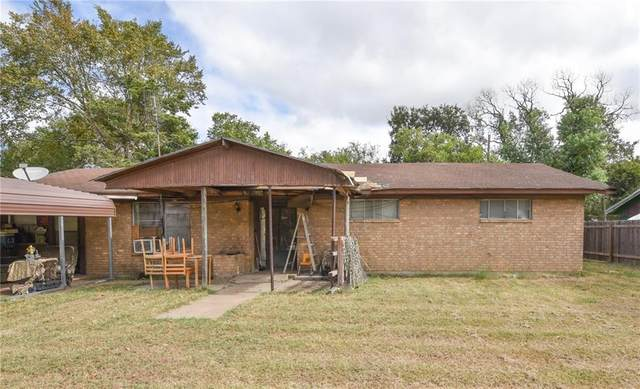 904 Westview Cir, Caldwell, TX 77836 (#4284649) :: Papasan Real Estate Team @ Keller Williams Realty