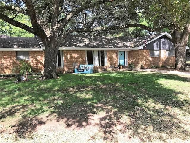 628 Burns St, Lexington, TX 78947 (#4293245) :: Papasan Real Estate Team @ Keller Williams Realty