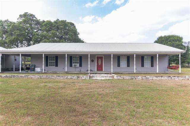 1209 Summit St, Schulenburg, TX 78956 (#4293934) :: Azuri Group | All City Real Estate