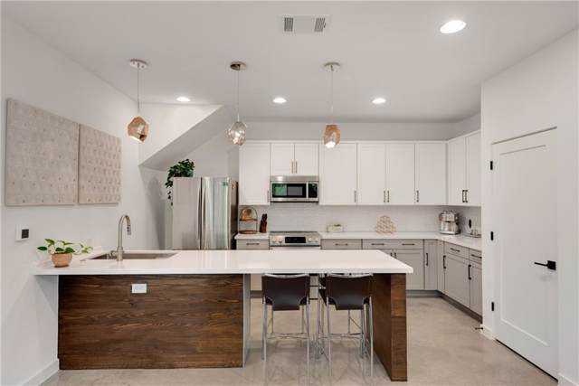 208 Ben Howell Dr B, Austin, TX 78704 (#4300337) :: 10X Agent Real Estate Team