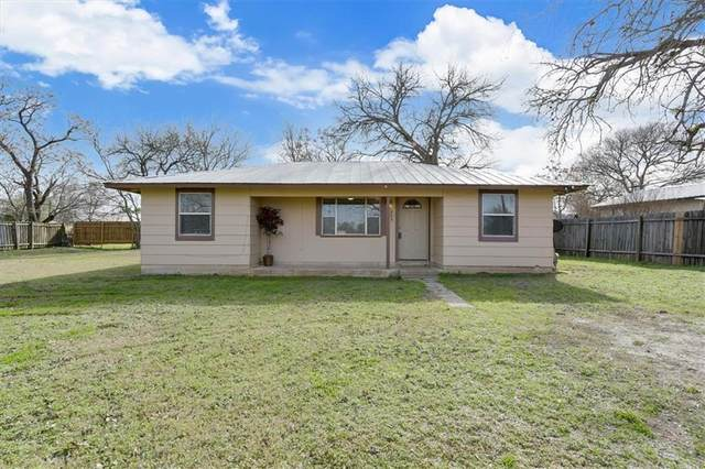 803 Maple St, Bastrop, TX 78602 (#4307812) :: Front Real Estate Co.