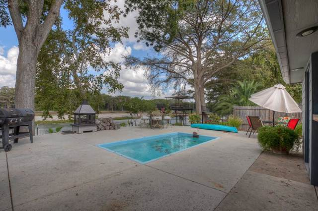 1211 E Zipp Rd, New Braunfels, TX 78130 (#4308216) :: Zina & Co. Real Estate
