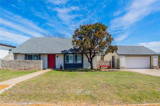 2301 American Dr, Lago Vista, TX 78645 (#4309248) :: The Summers Group