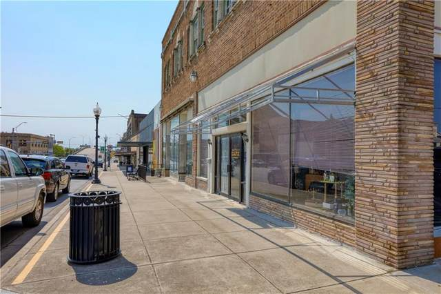 219 N Main St, Taylor, TX 76574 (#4318153) :: Watters International