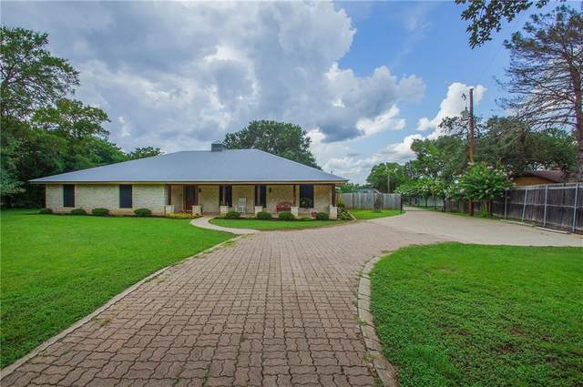 2310 Chaparral Rd, Manchaca, TX 78652 (#4331095) :: Resident Realty