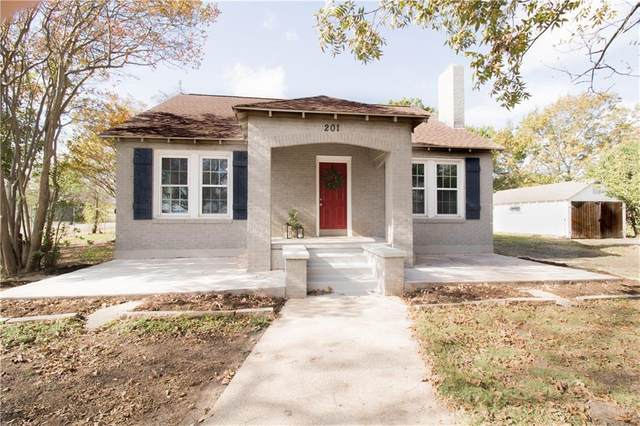 201 N 4th St, Jarrell, TX 76537 (#4346066) :: Zina & Co. Real Estate