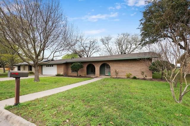 302 Evergreen St, Burnet, TX 78611 (#4403666) :: Zina & Co. Real Estate