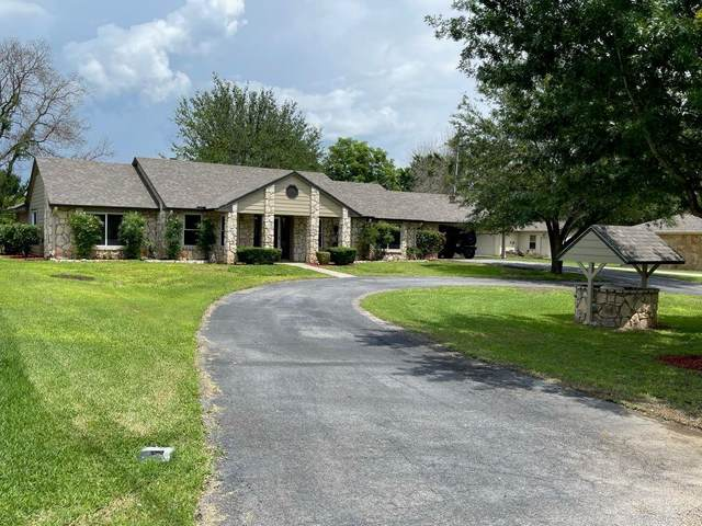 104 Wren St, Highland Haven, TX 78654 (#4406270) :: Zina & Co. Real Estate