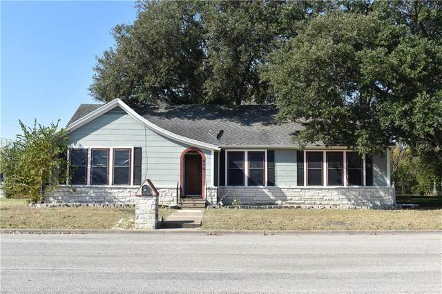 315 N Madison St N, Giddings, TX 78942 (#4408312) :: The Summers Group
