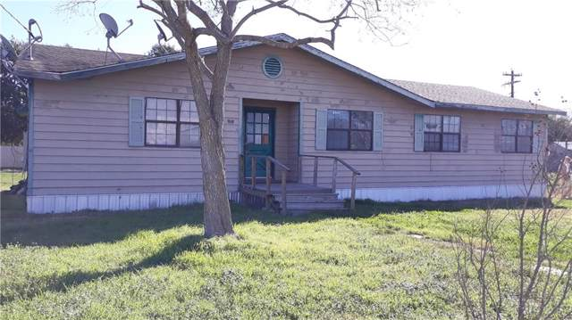 916 N Harris St, Giddings, TX 78942 (#4436224) :: The Perry Henderson Group at Berkshire Hathaway Texas Realty