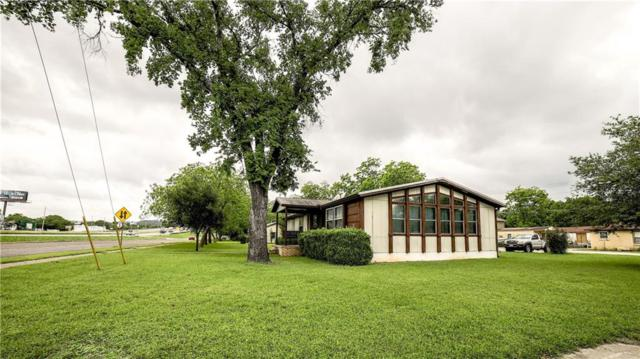 901 College St, Bastrop, TX 78602 (#4446265) :: The Perry Henderson Group at Berkshire Hathaway Texas Realty