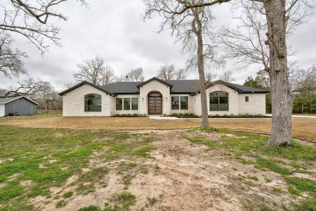 148 Voss Pkwy, Cedar Creek, TX 78612 (#4464166) :: Papasan Real Estate Team @ Keller Williams Realty