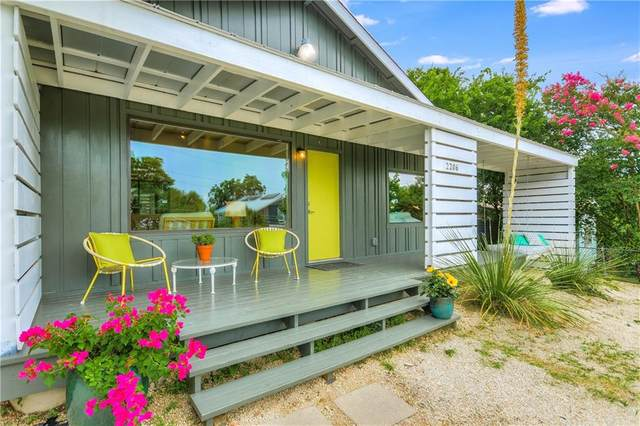 2206 New York Ave, Austin, TX 78702 (#4498808) :: Papasan Real Estate Team @ Keller Williams Realty