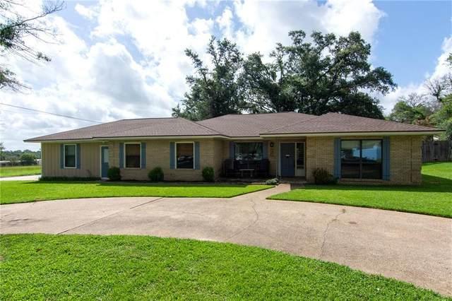 1901 Mistletoe Ln, Rockdale, TX 76567 (#4552276) :: Papasan Real Estate Team @ Keller Williams Realty