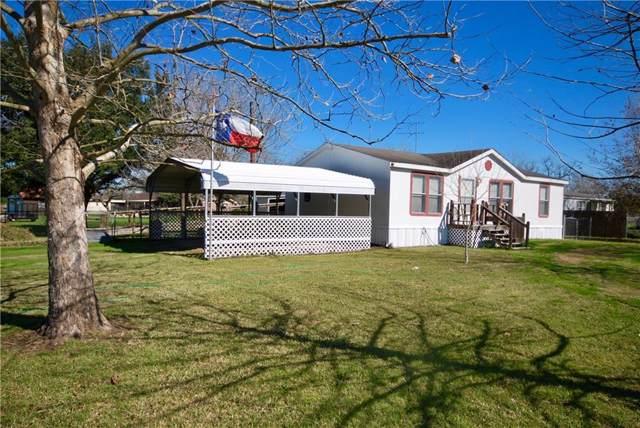 805 S La Grange St, Flatonia, TX 78941 (#4584378) :: The Perry Henderson Group at Berkshire Hathaway Texas Realty