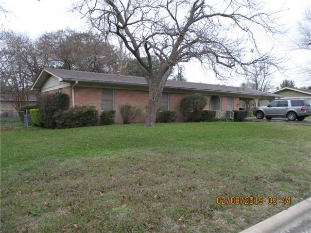 304 S 5th St, Pflugerville, TX 78660 (#4641051) :: 12 Points Group
