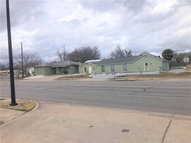804 W 2nd St, Taylor, TX 76574 (#4678965) :: RE/MAX Capital City