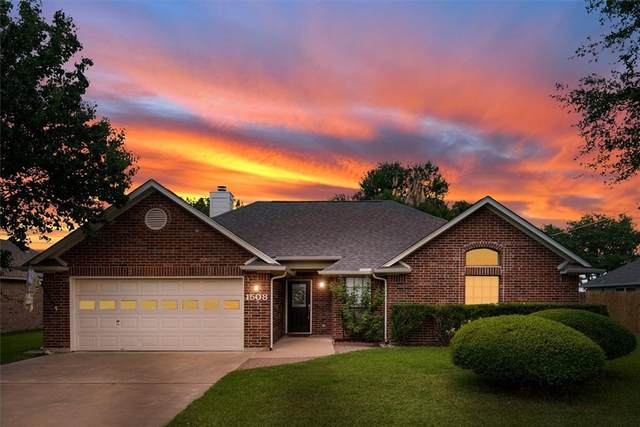 1508 Sunrise Ter, Lockhart, TX 78644 (MLS #4753890) :: Vista Real Estate