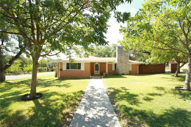 1302 W Avenue A, Lampasas, TX 76550 (#4798682) :: The Perry Henderson Group at Berkshire Hathaway Texas Realty