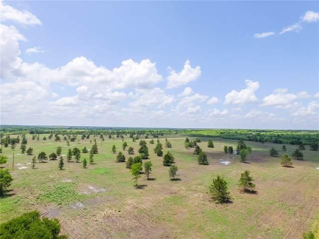 009 County Road 451 #9, Waelder, TX 78959 (#4937425) :: Watters International